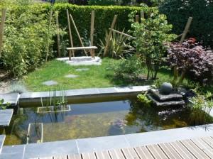 bassin pour jardin. Black Bedroom Furniture Sets. Home Design Ideas